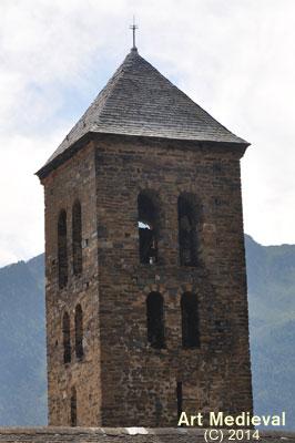Darrers pisos de la torre campanar